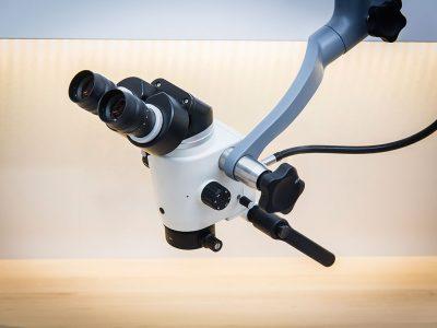 mikroskop-stomatologiczny-ecleris